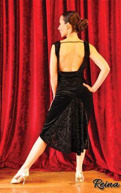 Black velvet skirt with tail by Reina