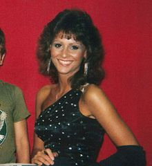 Miss Elizabeth.jpg  Wrestling Manager ...married to Randy Savage  Died of a drug and Alcohol overdose