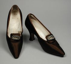Pumps, silk and leather, Hellstern and Sons designer, French, 1918 Атласные  Туфли fa3e9612c54