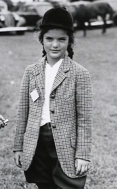 Jacqueline Bouvier: look at those jodhpurs!