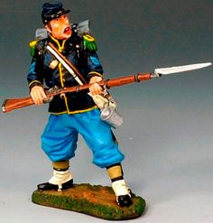 Civil War Union CW031 Union Standing Ready - Made by King and Country Military Miniatures and Models. Factory made, hand assembled, painted and boxed in a padded decorative box. Excellent gift for the enthusiast.