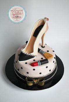 misweetcake ♥ Cake Design: Shoe Cake / Bolo Sapato Senhora / Make up    https://www.facebook.com/misweetcakedesign/ https://www.instagram.com/misweetcake/