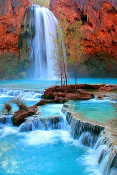 Waterfalls Near Grand Canyon | Havasu Falls near the Grand Canyon, Arizona