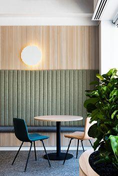 Modern interior design – Home Decor Interior Designs Booth Seating, Banquette Seating, Café Restaurant, Restaurant Design, Modern Restaurant, Commercial Design, Commercial Interiors, Interior Exterior, Interior Architecture