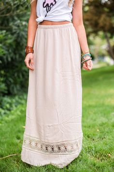 How to wear graphic t-shirts! Pair with girly maxi skirts for #bohemian style Yes, I Must Maxi Skirt by Three Bird Nest | Bohemian Clothing