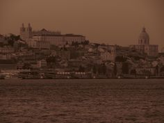 Lisboa vista de Cacilhas (Almada)