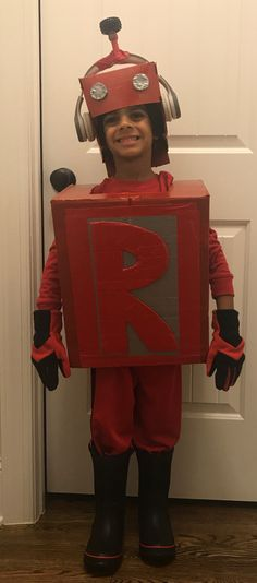 Letterland red robot Letterland Costumes, Robot Costumes, Kid Activities, Good Times, School Ideas, Captain Hat, Birthday Parties, Hats, Holiday