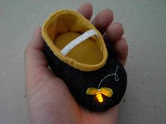 Led firefly booties. great step by step instructions. these are so stinkin' cute!