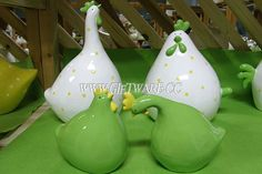 pottery rooster,hen statues,hand painting ceramic roosters,hens