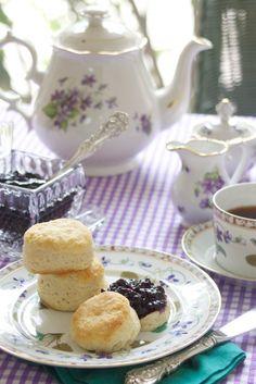 Blueberry jam with lemon verbena