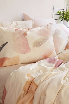 Georgina Paraschiv For DENY Abstract M3 Pillowcase Set - Urban Outfitters