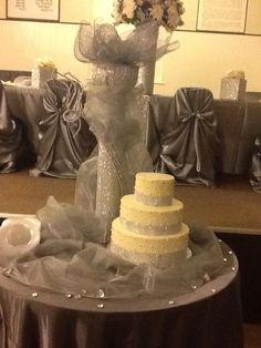 Cake Table & Centerpiece