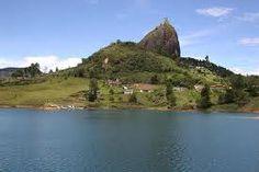 la piedra del peñol (guatape)  Medellin Colombia!