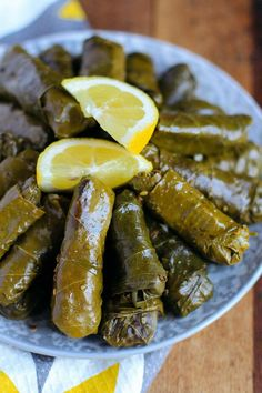 These Lebanese Stuffed Grape Leaves (Warak Enab) are made with a spiced ground beef and rice mixture - a delicious Mediterranean dish commonly served as an appetizer! Healthy Ramadan Recipes, Healthy Snacks, Healthy Recipes, Fast Recipes, Mediterranean Diet Recipes, Mediterranean Dishes, Iftar, Egyptian Food, Meat Appetizers