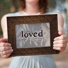 DIY Embossed metal photo frames.  So easy, minimal supplies and great for gifts! #craftgawker