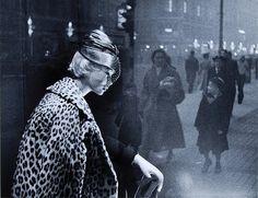 Grace Robertson . Christmas on Regent street, 1949