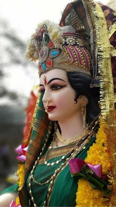 Navratri Puja will help you overcome all your negativities. Flourish with wealth on this Navratri by offering Homam to Lakshmi, Saraswathi & Durga. Shiva Parvati Images, Durga Images, Shiva Shakti, Maa Kali Images, Maa Durga Photo, Maa Durga Image, Maa Image, Jai Mata Di Image, Lord Durga