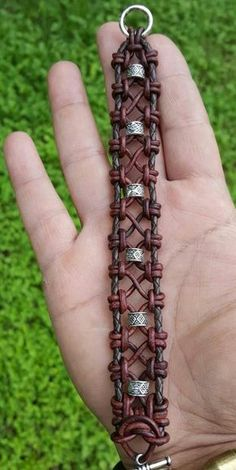 No original source found. No original source found. The post Fantasy style leather bracelet. No original source found. appeared first on Best Of Daily Sharing. Jewerly Bracelets Leather Macrame Ideas For 2019 I'm fascinated by all the leather knotwork je Macrame Jewelry, Macrame Bracelets, Wire Jewelry, Jewelry Crafts, Handmade Jewelry, Knotted Bracelet, Zipper Bracelet, Macrame Bag, Geek Jewelry