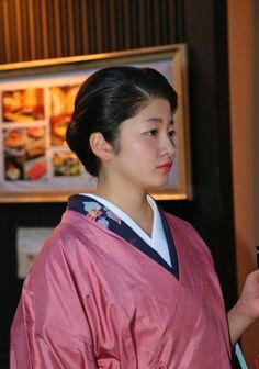 Twitter photo by @xnezumimanx Japanese Geisha, Japanese Kimono, Japan Image, Girl Dancing, Ichi, Japanese Outfits, Japanese Culture, Kyoto, Cherry Blossom