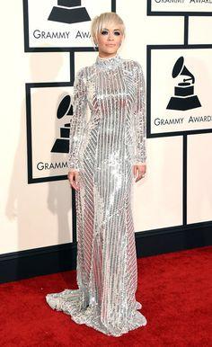 Rihanna viste de Prada. #GRammys 2015