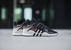 e4c5d792d5c6 Лучших изображений доски «Sneakers»  641   Sports footwear, Tennis и ...