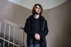 IL FUTURO  IN SALITA Giovane e visionario.  Il regista Vladimir Beck  rappresenta quella nuova gioventù moscovita. Brillante e audace