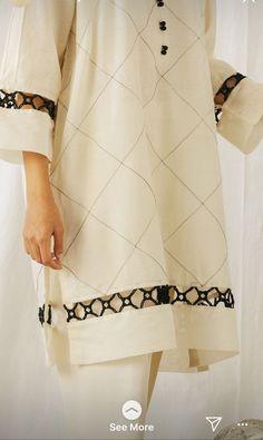 Beautiful Pakistani Dresses, Pakistani Formal Dresses, Pakistani Fashion Casual, Pakistani Dress Design, Pakistani Outfits, Stylish Dress Designs, Stylish Dresses For Girls, Casual Dresses, Simple Dresses