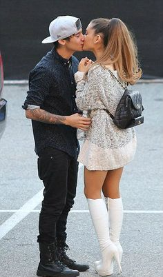 "After Ariana Grande hit the stage to perform her new hit, ""Issue"" at the 2014 iheartradio Music Awards, she headed directly into the arms of her ex, Jai Brooks, part of the Australian Youtube comic drama and trick bunch The Janoskians! While a few fans are super amped up for ""Jariana"" being once again on, others are freeloaded that he might take her over in the wake of blaming her for swindling in a Twitter tirade. Here's the means by which everything went down."