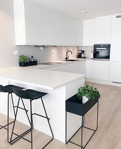"""Modern Kitchen Interior Modern Interior Inspiration ( """"Inspiration: So happy to share you ❤️ Love from ❤️ ______________…"""" - Modern Kitchen Interiors, Contemporary Kitchen Design, Interior Modern, Home Decor Kitchen, Interior Design Kitchen, Kitchen Ideas, White Interiors, Modern White Kitchens, Kitchen White"""