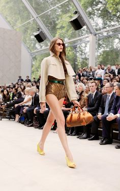 Cape Trend SS13 - The Burberry Prorsum Womenswear Spring/Summer 2013 Show