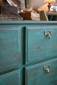 Reloved Rubbish: Florence Dresser