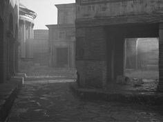 """Gregory Crewdson, Untitled, from the serie """"Sanctuary"""", 2009, pigmented inkjet print, 72,4 x 89,5 cm © Gregory Crewdson"""