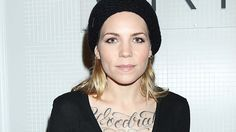 102064, wallpaper desktop skylar grey