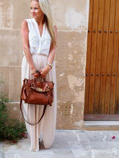 Creamy Maxi Skirt and Mulberry Regular Alexa