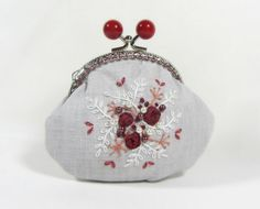 Hand embroidered  linen coin purse red roses by JRsbags on Etsy, €25.00