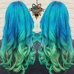 No filter on this beautiful shade using @manicpanicnyc #manicpanic @arcticfoxhaircolor #arcticfoxhaircolor #mermaidhair #mermadians #behindthechair #modernsalon #beautylaunchpad #hotonbeauty #mermaidhair #mermadians #hairbykaseyoh #fantasyhair #hairporn #dyeddollies #dollswithdye #rainbow #rainbowhair #curls #scissorsalute #imavisualartist #ocean #bluehair #greenhair #fallhair