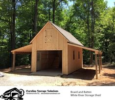 Board and Batten White River Storage Shed – Project Small House Small Barn Plans, Small Barns, Small Wood Shed, Small Barn Home, Carriage House Garage Doors, Barn Garage, Garage Shed, Garage Plans, Backyard Barn