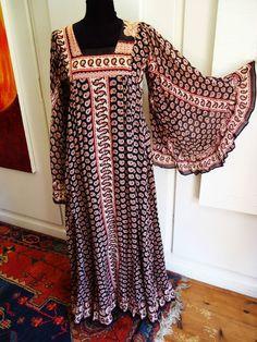 VINTAGE 1970s AYESHA DAVAR LONDON BOHO HIPPY FINE COTTON MAXI DRESS 38  £102.00 (8B)