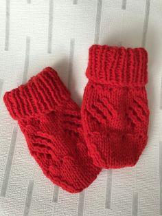Hand knitted mittens £2.00