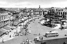 Piazza Bra - Il Liston http://www.veronavintage.it/verona-antica/cartoline-storiche-verona/piazza-bra-il-liston