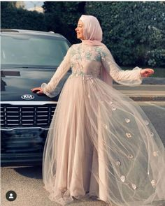 Every girl should choose a dress that suited her body type; some girls prefer the puffy soiree style, other girls prefer the pencil or the wrapped dresses. Dresses For Hijab, Hijab Prom Dress, Muslim Evening Dresses, Hijab Evening Dress, Hijab Wedding Dresses, Pakistani Dresses Casual, Modest Dresses, Bridal Dresses, Fashion Dresses