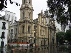 Rio de Janeiro, Brasil - Igreja de Nossa Senhora do Carmo (antiga catedral) e Igreja da Ordem Terceira de Nossa Senhora do Monte Carmo (dir.)