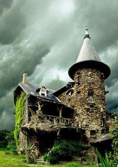 15) Maison de Sorcière Avec Ciel d'orage in France... possibly my new favorite house ever.