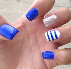 81 Best Stunning Royal Blue Nails Inspirational Art Design For Prom - Page 4 of 81 - Diaror Diary - NailStyle Cobalt Blue Nails, Blue Gel Nails, Blue And White Nails, Blue Acrylic Nails, Shellac Nails, Stylish Nails, Trendy Nails, Cute Nails, Homecoming Nails