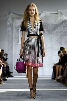 DIANE VON FURSTENBERG - Spring Summer 2015 - New Fashion Week