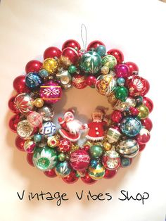 Vintage Christmas Bulb Wreath / Mr and Mrs by TheVintageVibesShop