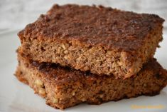 Think carrot cake without the frosting! This quick bread carrot bread recipe is so good. You will thank me after you devour a slice of this carrot bread. Carrot Bread Recipe, Carrot Cake Bread, Best Banana Bread, Banana Bread Recipes, Apple Bread, Zucchini Carrot Cakes, Zucchini Bread, Squash Bread, Pan Paleo