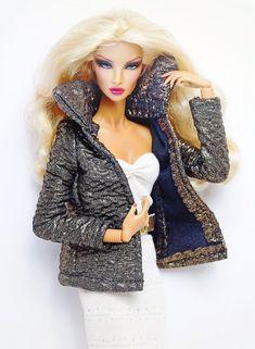 Simply Stylish dark grape straw hat for FR Barbie