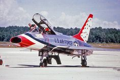 North American F-100F Super Sabre - Thunderbirds, United States Air Force (USAF), United States.