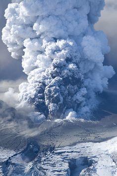Eyjafjallajokull By Jon Vidar Geology Volcanoes Natural Phenomena Natural Disasters
